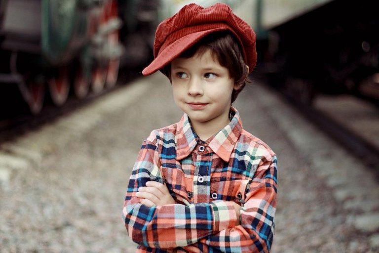 Jak dobrze powinien być ubrany mały chłopiec?