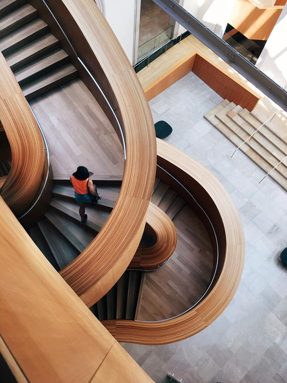W jaki sposób wybierać firmy mogące zrealizować schody?