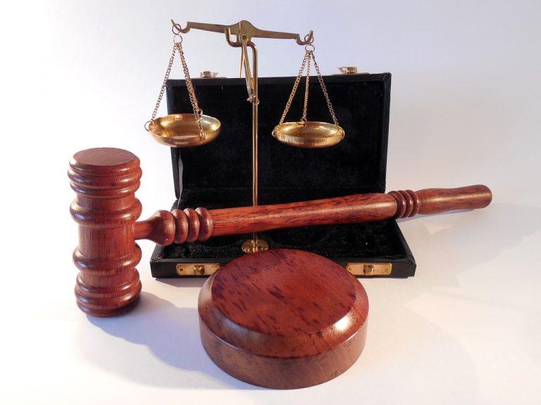 Bądź pewien, że profesjonalny i doświadczony adwokat, ma nam wiele do zaoferowania